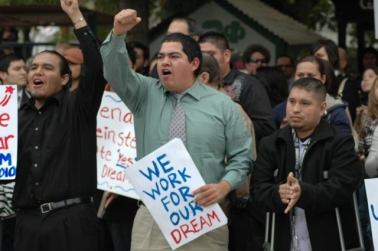 Support the DREAM Act rally in Fresno, California. Photo courtesy of Mike Rhodes.